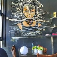 Foto diambil di Runa Japanese Restaurant oleh Maryanne S. pada 8/5/2016