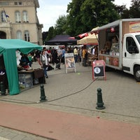 Photo taken at Marché de Boitsfort / Markt van Bosvoorde by Yves M. on 6/16/2013