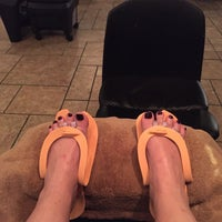 Foto tirada no(a) Tavani Salon And Spa por Karen D. em 7/25/2015