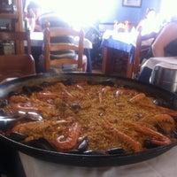 Foto tomada en Restaurant Racó del Riu por Alejandra G. el 9/23/2012