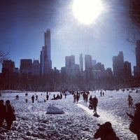 Foto tirada no(a) Sheep Meadow por Romain P. em 2/9/2013