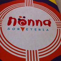 Foto tirada no(a) Nonna Sorveteria por Cris B. em 1/13/2013