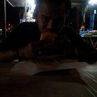 Photo taken at Downtown Underground Enterprise(downtown kebab,burger n oblong) by Alan D. on 8/10/2014