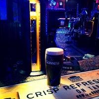 Снимок сделан в The Claddagh Ring пользователем Luca M. 12/18/2013