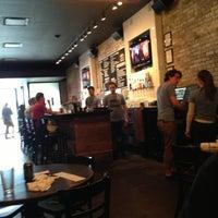 Photo prise au DMK Burger Bar par Allen S. le6/5/2013