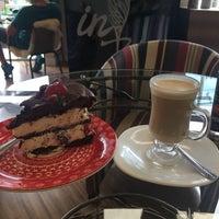 Foto tirada no(a) Viverone Café Boutique por Bruno Stephano E. em 12/20/2017