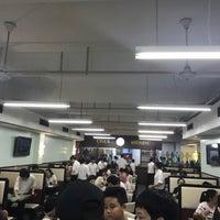 Photo taken at Cha's Restaurant by 中昊 文. on 7/15/2017