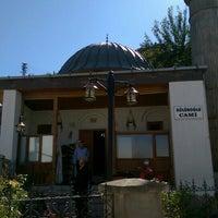 Photo taken at Yeşilyurt Kölükoğlu Camii by Ömer Emre G. on 10/16/2015