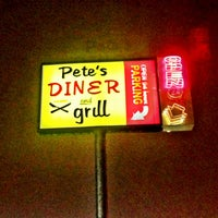 Photo taken at Pete's Diner & Grill by wILL H. on 1/6/2013