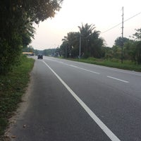 Photo taken at Tapah Road by Nwhdain on 4/3/2016