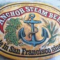 Foto tirada no(a) Anchor Brewing Company por Christopher J M. em 1/21/2013