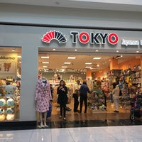 Photo taken at Tokyo-Japanese Lifestyle by Jesse F. on 3/11/2016