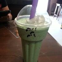 Photo taken at Udderly Delicious Milkshakes & Desserts by Kitt Ritche C. on 9/15/2013