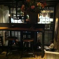 11/17/2012에 Natascha v.님이 Bar Moustache에서 찍은 사진