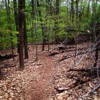 รูปภาพถ่ายที่ Rock Creek Running Trail โดย Hadi เมื่อ 4/17/2013