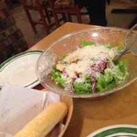 Foto tirada no(a) Olive Garden por Eliane K. em 7/14/2014