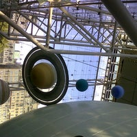 Photo prise au Hayden Planetarium par Helen M. le10/16/2012