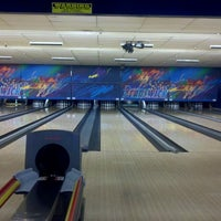 Photo taken at Brunswick Zone Glendale Lanes by Christopher G. on 5/10/2013