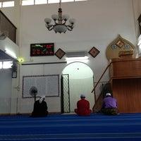 Photo taken at Masjid Teluk Air Tawar by Azizie Ismail on 8/8/2013