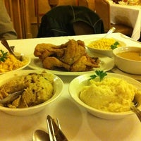 Photo taken at Zehnder's of Frankenmuth by Cynthia R. on 10/12/2012