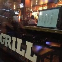 5/2/2013 tarihinde Anthony D.ziyaretçi tarafından Press Box Grill'de çekilen fotoğraf