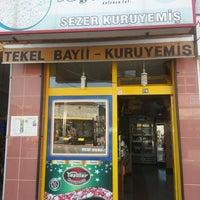 Photo taken at sezer kuruyemiş by Yunus emre E. on 8/10/2013