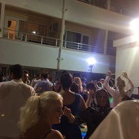 Photo taken at Tşof hotel by Zübeyde B. on 9/9/2017