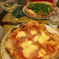 Foto scattata a Il Pizzaiuolo da Rom T. il 4/21/2016