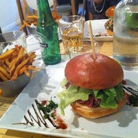 Photo prise au West Coast Burgers par Misstics le12/11/2012