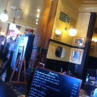 Photo prise au La Brasserie de la Gare par Tim B. le8/13/2013