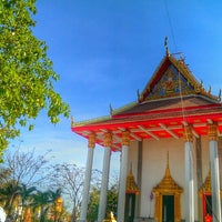 Photo taken at วัดประสาทสิทธิ์ by Tum P. on 2/9/2014