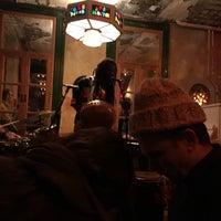 12/18/2017 tarihinde Sheilaziyaretçi tarafından Bar Lunatico'de çekilen fotoğraf