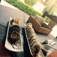 Photo taken at Nueve Uno Sushi Roll & Lunch by Fernanda D. on 6/23/2015