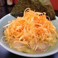 รูปภาพถ่ายที่ 家系らーめん千家 あざみ野店 โดย mayuko n. เมื่อ 3/17/2014