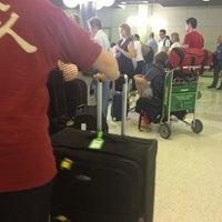Photo taken at Qantas Baggage Carousel by Brisbane Corporate Cars on 1/11/2013