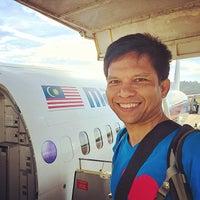 Photo taken at Pejabat Imigresen Lapangan Terbang Antarabangsa Langkawi by Muhi C. on 2/24/2015