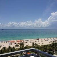 Foto scattata a Loews Miami Beach Hotel da Gaby A. il 7/15/2013