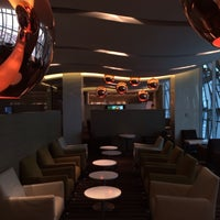 Photo taken at British Airways (BA) First/Business Class Lounge by Daichi on 6/25/2014
