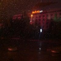 Foto scattata a Площа Героїв Майдану / Heroes of Maidan square da Oxana G. il 3/19/2013