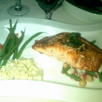 Photo taken at Old Hickory Steakhouse by Kerry T. on 7/11/2013