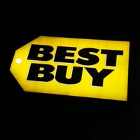 Photo taken at Best Buy by Ronald S. on 12/17/2013