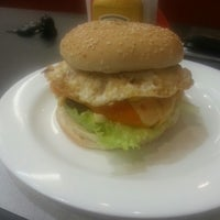 Photo taken at Fabuloso Mega Lanches by Fabiano D. on 2/20/2013