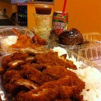Photo taken at L&L Hawaiian Barbecue by Ruji on 12/2/2012