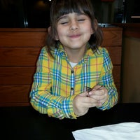 Photo taken at Pizza Hut by Annette W. on 1/17/2014