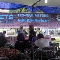 Photo taken at Universitas Muhammadiyah Purwokerto (UMP) by Julian N. on 12/28/2013