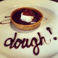Photo prise au Dough par Champagne Girl 💋🏈🍷🇮🇹 le6/27/2013