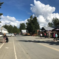Photo taken at Talkeetna Roadhouse by Kelly Hall B. on 8/11/2017