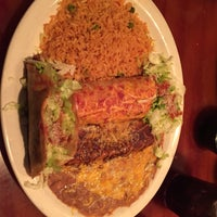 Photo taken at Salsa Cocina Mexicana by Traci T. on 11/16/2016