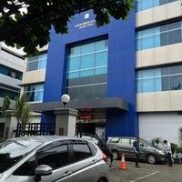 Photo taken at Kantor Imigrasi Kelas 1 Jakarta Pusat by Shuichi S. on 1/13/2015