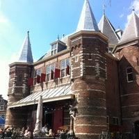 Photo taken at Restaurant Café In de Waag by geheimtip ʞ. on 4/28/2013